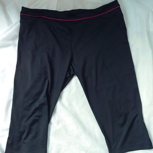 Danskin Now Black & Pink Workout Capris Sz 2X
